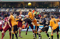 Photo: Kevin Poolman.<br />Wolverhampton Wanderers v Burnley. Coca Cola Championship. 17/02/2007. Steven Caldwell of Burnley gets a header on goal which hit the crossbar.