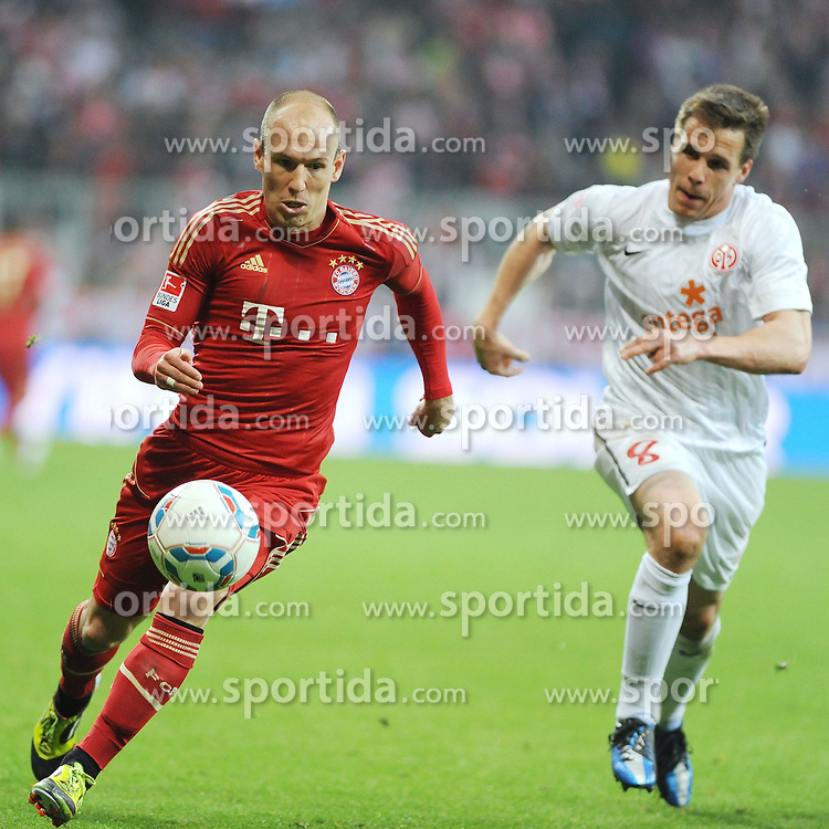 14.04.2012, Allianz Arena, Muenchen, GER, FC Bayern Muenchen vs FSV Mainz 05, 31. Spieltag, im Bild Links Arjen ROBBEN (FC Bayern Muenchen), rechts Zdenek POSPECH (Mainz 05) // during the German Bundesliga Match, 31th Round between VFC Bayern Munich and FSV Mainz 05 at the Allianz Arena, Munich, Germany on 2012/04/14. EXPA Pictures © 2012, PhotoCredit: EXPA/ Eibner/ Wolfgang Stuetzle..***** ATTENTION - OUT OF GER *****