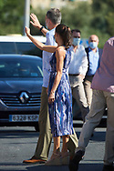 Queen Letizia of Spain visit Poligono Sur (3000 viviendas) and the 'El Esqueleto' Civic Center and the Social Center of the 'Don Bosco Foundation' on June 29, 2020 in Sevilla, Spain  <br /> This trip is part of a royal tour that will take the King Felipe and Queen Letizia through all Spanish Autonomous Communities with the objective of supporting economic, social and cultural activity after the Coronavirus outbreak.