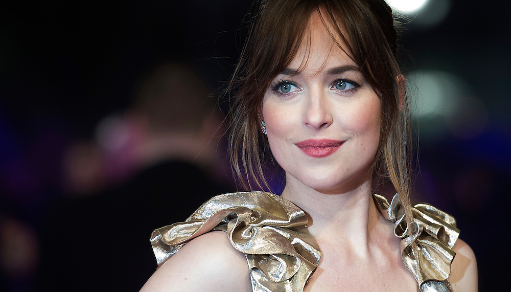 US actress/cast member Dakota Johnson arrives at the European premiere for 'How To Be Single' in Leicester Square, Central London, Britain, 09 February 2016. EPA/WILL OLIVER