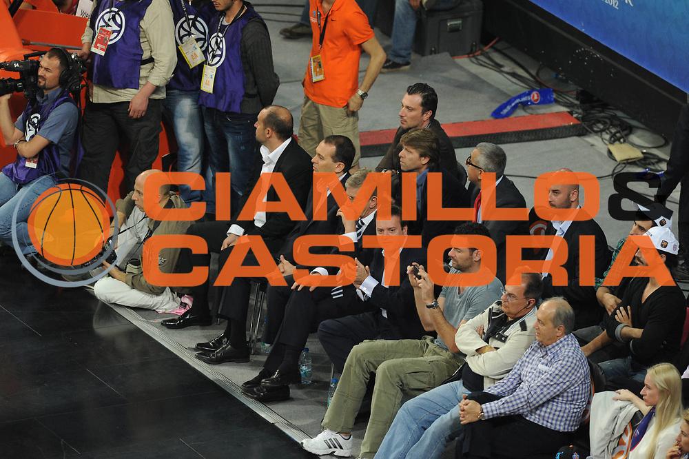 DESCRIZIONE : Istanbul Eurolega Eurolegue 2011-12 Final Four Finale Final CSKA Moscow Olympiacos<br /> GIOCATORE : supporters <br /> SQUADRA :<br /> CATEGORIA : tifosi<br /> EVENTO : Eurolega 2011-2012<br /> GARA : CSKA Moscow Olympiacos<br /> DATA : 13/05/2012<br /> SPORT : Pallacanestro<br /> AUTORE : Agenzia Ciamillo-Castoria/GiulioCiamillo<br /> Galleria : Eurolega 2011-2012<br /> Fotonotizia : Istanbul Eurolega Eurolegue 2010-11 Final Four Finale Final CSKA Moscow Olympiacos<br /> Predefinita :