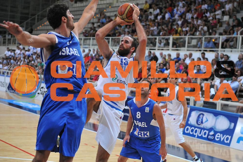 DESCRIZIONE : Trento Trentino Basket Cup Italia Israele<br /> GIOCATORE :  luigi datome<br /> CATEGORIA : tiro<br /> SQUADRA : Nazionale Italia Maschile<br /> EVENTO :  Trento Trentino Basket Cup<br /> GARA : Italia Israele<br /> DATA : 08/08/2013<br /> SPORT : Pallacanestro<br /> AUTORE : Agenzia Ciamillo-Castoria/M.Gregolin<br /> Galleria : FIP Nazionali 2013<br /> Fotonotizia : Trento Trentino Basket Cup Italia Israele<br /> Predefinita :