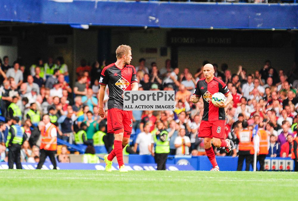 (c) Andrea Putzolu | SPORTPIX.ORG.UK<br /> The 2nd score of Swansea from 8 Middle field Jonjo Shelvey