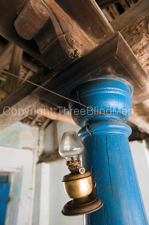 Pillar and rafter detail. Goldsmith Street, Tranquebar.<br /> Tamil Nadu. South India.