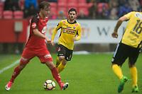 Fotball<br /> 16.05.2017<br /> Eliteserien<br /> Brann Stadion<br /> Brann - Sandefjord<br /> Fredrik Haugen (L) , Brann<br /> Pau Morer Vicente (M) , Sandefjord<br /> Foto: Astrid M. Nordhaug