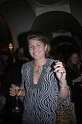 Annabels magazine cocktail party hosted by William Cash. Annabels. Berkeley Sq. London. 19  September 2005. ONE TIME USE ONLY - DO NOT ARCHIVE © Copyright Photograph by Dafydd Jones 66 Stockwell Park Rd. London SW9 0DA Tel 020 7733 0108 www.dafjones.com