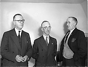 17/9/1952<br /> 9/17/1952<br /> 17 September 1952<br /> <br /> Shelbourne Heads have Board Meeting at New Stadium