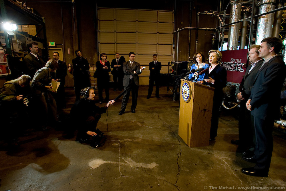 "SEATTLE, WA - Friday, January 27, 2006 U.S. Senator Hillary Clinton (D-NY) joined U.S. Senator Maria Cantwell (D-WA) at Seattle Biodiesel to promote energy independence and call for a greater federal support for ground-brakening alternative energy initiatives already underway at the local level. Cantwell is signing on to Clinton's legislation to create a latter-day ""Manhattan Project"" aimed at accelerating the development of advanced energy technologies.  The two senators, with democratic leader Harry Reid (D-NV) are sponsoring the Advanced Research Projects Energy (ARPA-E) Act to fund alternative energy research. Cantwell states that reliance on foreign oil is a threat to the U.S. economy, competitiveness, and national security and she supports development of non-petroleum based fuels and energy sources. Seattle Biodiesel is working with Cantwell and Washington Governor Gregoire to help develop a market for biodiesel and recently signed a fuel contract with the Port of Seattle. Negotiations are currently underway for Seattle Biodiesel to expand its operations to create the nation's largest biodiesel refinery and to do so on Port property. Clinton is also in the Pacific Northwest to support her fellow democrats at fundraisers and to solidify her support. (Photo by Tim Matsui/WpN)"
