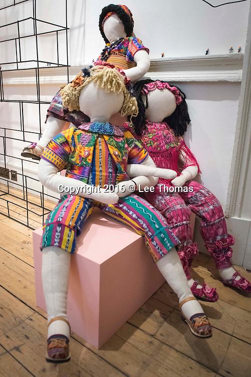 First Down Syndrome Designer Stars At London Fashion Week Lee Thomas 44 0 77 8414 2973