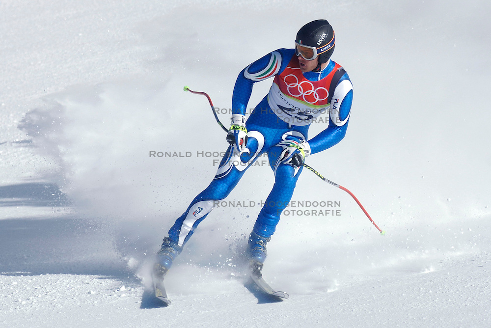 12-02-2006 SKIEN: AFDALING: OLYMPISCHE WINTERSPELEN: TORINO<br /> Patrick Staudacher (ITA)<br /> &copy;2006-WWW.FOTOHOOGENDOORN.NL