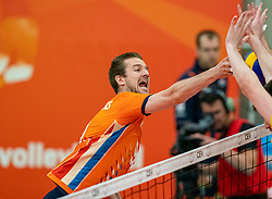 09-06-2019 NED: Golden League Netherlands - Spain, Koog aan de Zaan<br /> Fourth match poule B - The Dutch beat Spain again in five sets in the European Golden League / Ewoud Gommans #9 of Netherlands
