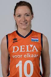 21-05-2014 NED: Selectie Nederlands volleybal team vrouwen, Arnhem<br /> Op Papendal werd het Nederlands team volleybal seizoen 2014-2015 gepresenteerd / Lonneke Sloetjes