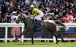 Forever in Dreams ridden by Jockey Antoine Hamelin goe to post for the Queen Mary Stakes