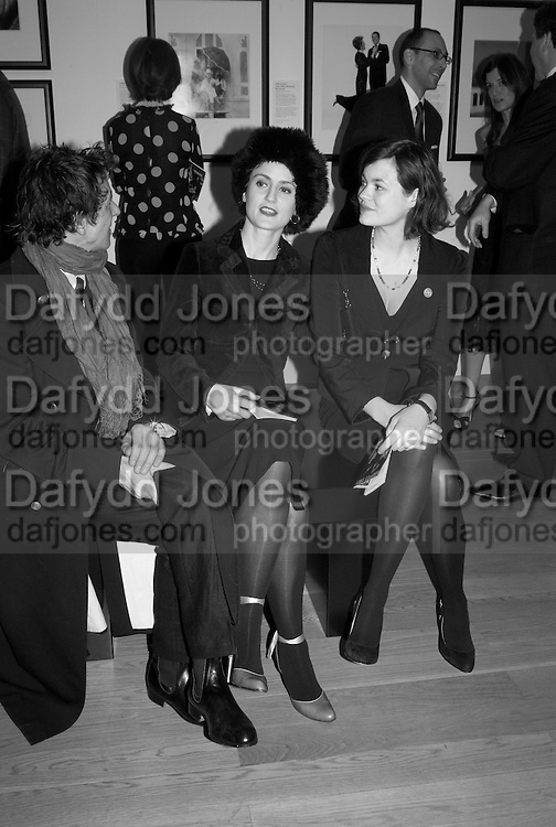 POPPY LLOYD AND JASMINE GUINNESS, Vanity Fair Portraits: Photographs 1913-2008. Hosted by Burberry and Vanity Fair. National Portrait Gallery. London. 9 February 2008.  *** Local Caption *** -DO NOT ARCHIVE-© Copyright Photograph by Dafydd Jones. 248 Clapham Rd. London SW9 0PZ. Tel 0207 820 0771. www.dafjones.com.