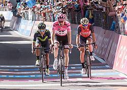 25.05.2017, Bormio, ITA, Giro d Italia 2017, 18. Etappe, Moena (Val di Fassa) nach<br />Ortisei/St. Ulrich (Val Gardena), im Bild v.l. Nairo Quintana (COL, Movistar Team), Tom Dumoulin (NED, Team Sunweb), Vincenzo Nibali (ITA, Bahrain Merida Pro Cycling Team) // during the 100th Giro d' Italia cycling race at stage 18 from Moena (Val di Fassa) to Ortisei/St. Ulrich (Val Gardena), Italy on 2017/05/25. EXPA Pictures © 2017, PhotoCredit: EXPA/ R. Eisenbauer