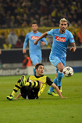 26.11.2013, Signal Iduna Park, Dortmund, GER, UEFA CL, Borussia Dortmund vs SSC Neapel, Gruppe F, im Bild Valon Behrami (Napoli) gegen Nuri Sahin (Durtmund) // during UEFA Champions League group F match between Borussia Dortmund and SSC Napoli at the Signal Iduna Park in Dortmund, Germany on 2013/11/26. EXPA Pictures © 2013, PhotoCredit: EXPA/ Freshfocus/ Daniela Frutiger<br /> <br /> *****ATTENTION - for AUT, SLO, CRO, SRB, BIH, MAZ only*****