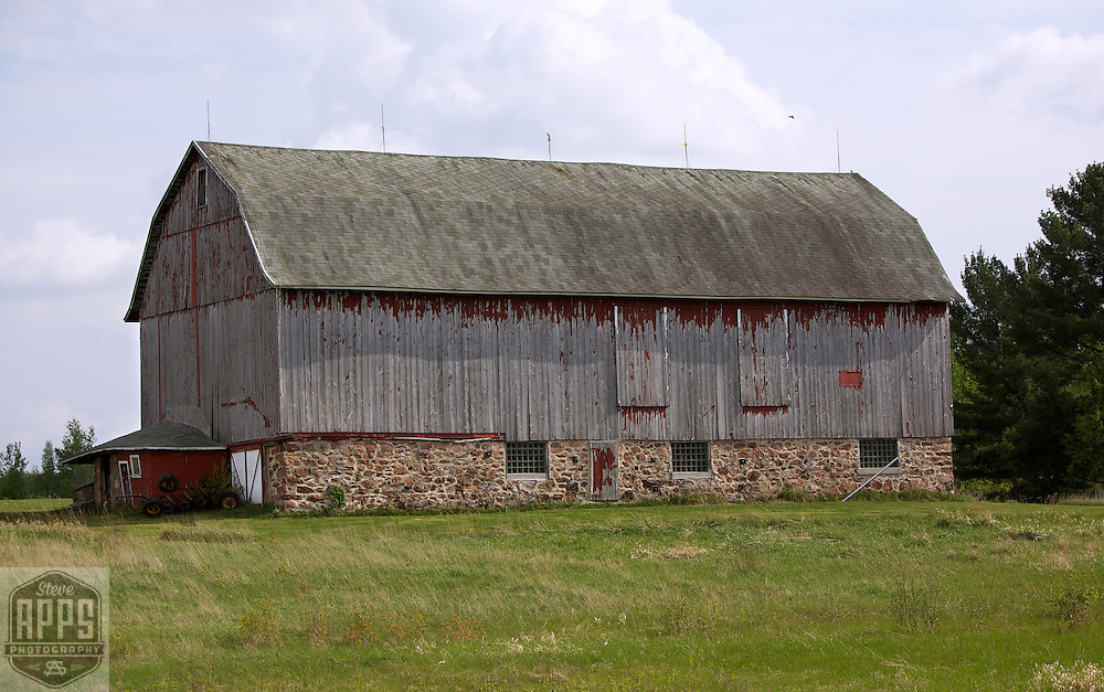 East Marathon County- Northwest of Town Line Rd. Barns from around the State of Wisconsin.