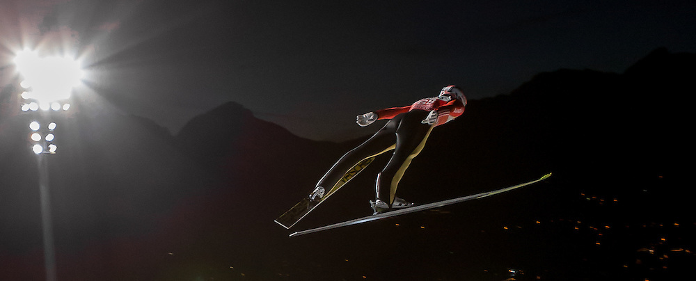 28.12.2015, Schattenbergschanze, Oberstdorf, GER, FIS Weltcup Ski Sprung, Vierschanzentournee, Training, im Bild Severin Freund (GER) // Severin Freund of Germany// during his Practice Jump for the Four Hills Tournament of FIS Ski Jumping World Cup at the Schattenbergschanze, Oberstdorf, Germany on 2015/12/28. EXPA Pictures © 2015, PhotoCredit: EXPA/ Peter Rinderer