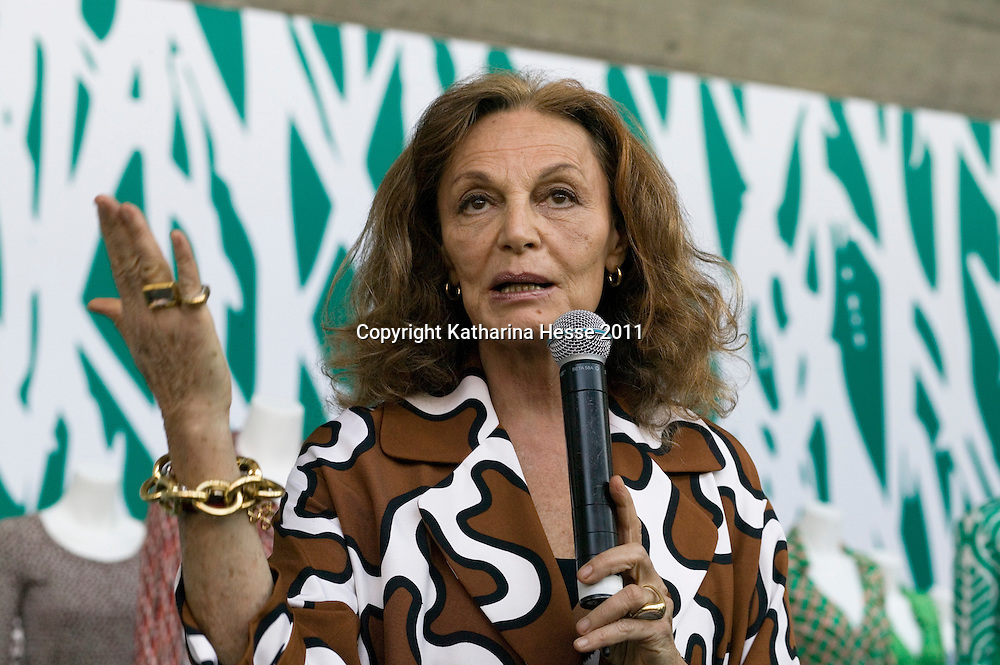 "Beijing, April,2, 2011 : .Diane von Furstenberg  speaks to Chinese media during a press conference before the opening of her "" Journey of a Dress exhibition""."