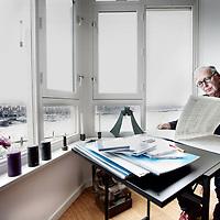 Nederland, Amsterdam , 7 november 2009..Geert van Keulen (Amsterdam, 11 oktober 1943) is een hedendaags Nederlands componist, muziekpedagoog, dirigent en klarinettist..Composer, musician,conductor and clarinetist Geert van Keulen.