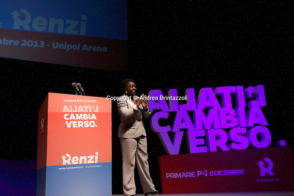Bologna 04 Dicembre 2013 Unipol Arena Matteo Renzi in campagna elettorale per le primarie del PD<br /> Nella Foto: Cecile Kyenge