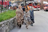 L'Aquila 6 Aprile 2009.Terremoto all'Aquila.Senzatetto  in via XX Settembre.Earthquake to the city of L'Aquila.People homeless in the street XX Settembre.