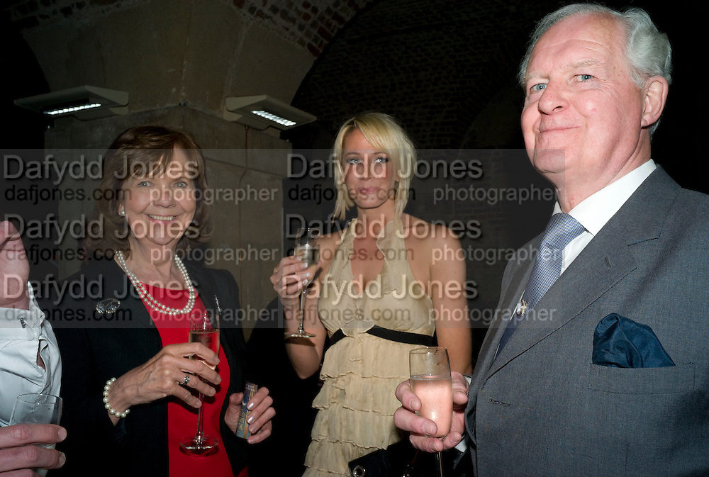 MELODIE WADDINGHAM; GEMMA HADLEY; HARRY WADDINGHAM, A little Night Music press night. Garrick Theatre and afterwards at CafŽ in The Crypt, St Martin-in-the-Field. London. 7 April 2009<br /> MELODIE WADDINGHAM; GEMMA HADLEY; HARRY WADDINGHAM, A little Night Music press night. Garrick Theatre and afterwards at Caf&eacute; in The Crypt, St Martin-in-the-Field. London. 7 April 2009