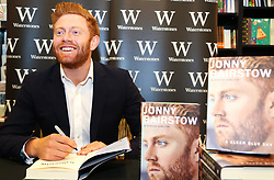 "October 19, 2017 - London, London, United Kingdom - Image ©Licensed to i-Images Picture Agency. 19/10/2017. London, United Kingdom. Cricketer Jonny Bairstow Book Signing. ..Yorkshire and England wicketkeeper Jonny Bairstow signs copies of his new book ""A Clear Blue Sky"" in Waterstones, Leadenhall Market in London...Picture by Dinendra Haria / i-Images (Credit Image: © Dinendra Haria/i-Images via ZUMA Press)"