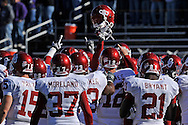 MANHATTAN, KS - OCTOBER 25:  The Oklahoma Sooners huddle up before a game against the Kansas State Wildcats on October 25, 2008 at Bill Snyder Family Stadium in Manhattan, Kansas.  The Oklahoma Sooners won 58-35.