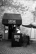 Social Restaurant - Aug2012