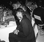 Ronnie Wood, 30th Aniversary Gala Dinner, Serpentine Gallery.20 June 2000 © Copyright Photograph by Dafydd Jones 66 Stockwell Park Rd. London SW9 0DA Tel 020 7733 0108 www.dafjones.com