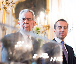 11.07.2017, Präsidentschaftskanzlei, Wien, AUT, ÖFB, Verabschiedung der Damen-Fußballnationalmannschaft, im Bild v.l.n.r. Bundespräsident Alexander Van der Bellen und Bundeskanzler Christian Kern (SPÖ) // f.l.t.r. federal president of Austria Alexander Van der Bellen and Federal Chancellor of Austria Christian Kern during farewell event of the Woman's Team of the Austrian Football Association at the federal presidents office in Vienna, 2017/07/11. EXPA Pictures © 2017 PhotoCredit: EXPA/ Michael Gruber