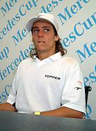 Sport,Tennis,Mercedes Cup,<br /> Internationales Weissenhof Turnier,Stuttgart, Gaston Gaudio (ARG),Pressekonferenz,<br /> Portraet,weisse Kappe,<br /> Halbkoerper,Portrait, Topper Logo,