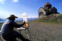 Armenie, Eglises du lac Sevan, Peintre // Armenia, Sevan Lake, painter and church