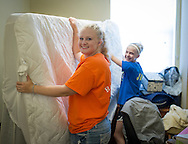 Freshmen Move-in day at CASNR Village<br /> College of Agricultural Science and Natural Resources Freshmen in the Freshmen in Transition housing where incoming freshmen are supported by upper class students to aid in their first year of college life.