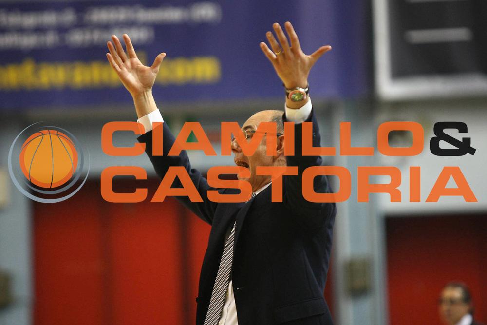 DESCRIZIONE : Cremona Lega A 2012-2013 Vanoli Cremona EA7 Emporio Armani Milano<br /> GIOCATORE : Attilio Caja Coach<br /> SQUADRA : Vanoli Cremona<br /> EVENTO : Campionato Lega A 2012-2013<br /> GARA : Vanoli Cremona EA7 Emporio Armani Milano<br /> DATA : 19/11/2012<br /> CATEGORIA :Coach<br /> SPORT : Pallacanestro<br /> AUTORE : Agenzia Ciamillo-Castoria/F.Zovadelli<br /> GALLERIA : Lega Basket A 2012-2013<br /> FOTONOTIZIA : Cremona Campionato Italiano Lega A 2012-13 Vanoli  Cremona EA7 Emporio Armani Milano<br /> PREDEFINITA :