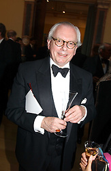 Historian DAVID STARKEY at the Royal Academy dinner before the official opening of the Summer Exhibition held at the Royal Academy of Art, Burlington House, Piccadilly, London W1 on 1st June 2005.<br /><br />NON EXCLUSIVE - WORLD RIGHTS