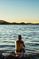 Molhe da Barra Sul. Balneário Camboriú, Santa Catarina, Brasil. / Barra Sul breakwater. Balneario Camboriu, Santa Catarina, Brazil.