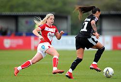 Poppy Pattinson of Bristol City chases down Natasha Harding of Reading Women- Mandatory by-line: Nizaam Jones/JMP- 31/03/2019 - FOOTBALL - Stoke Gifford Stadium - Bristol, England - Bristol City Women v Reading Women - FA Women's Super League 1