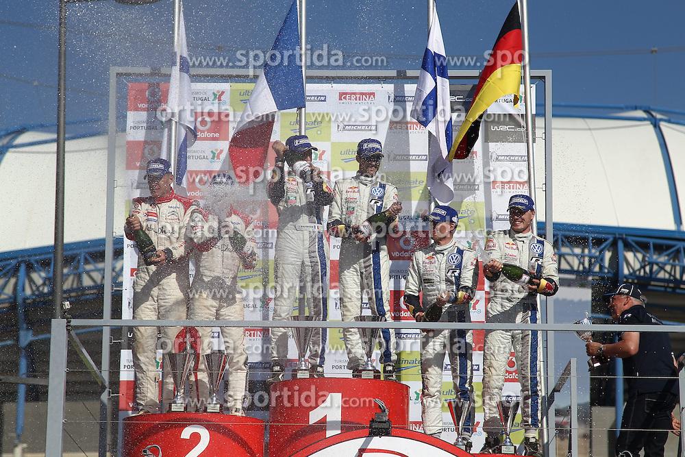 13.04.2013, Loule, POR, FIA WRC, Rallye Portugal, Podium, im Bild Dr. Ulrich Hackenberg nimmt den Pokal fuer das Team Volkswagen Motorsport entgegen, Jubel, Freude, Emotionen, celebrate on Podium // after the FIA WRC Rallye of Portugal, Loule, Portugal on 2013/04/13. EXPA Pictures © 2013, PhotoCredit: EXPA/ Eibner/ Alexander Neis..***** ATTENTION - OUT OF GER *****