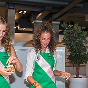 NLD/Amersfoort/20180830 - Boekpresentatie van Nicky Opheij  'On a Mission', Nicky Opheij en Zoey Ivory van der Koelen