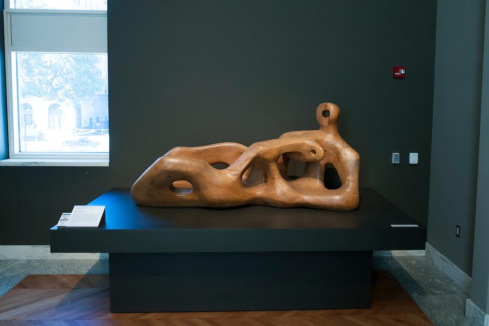 Henry Moore, Reclining Figure, 1939.<br /> Art in Detroit 2013<br /> &copy; Stefan Falke<br /> www.stefanfalke.com