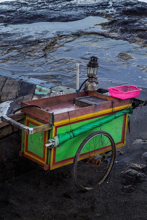 Empy cart at Echo beach, Canggu.