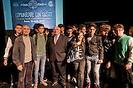 Roma 28 Aprile 2015<br /> Comunicare con Gusto<br /> Quando bontà e fiducia si incontrano<br /> Giovanni Rana, Presidente e fondatore del Pastificio Rana, con gli i studenti che hanno partecipato all'incontro, al teatro Vascello.<br /> Rome April 28, 2015<br /> Communicate with Gusto<br /> When goodness and  assurance meet<br /> Giovanni Rana, President and founder of the Pastificio Rana,  with the  students who assisted with the meeting, a Vascello theater.