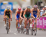 Tim Don GBR.Mens ITU Race.2011 Dextro Energy Triathlon ITU World Championship Sydney.Sydney, New South Wales, Australia..Hosted By USM Events.Proudly Supported By Asics, Dextro, Suunto, Events New South Wales, Subaru, USM Events..10/04/2011.Photo Lucas Wroe