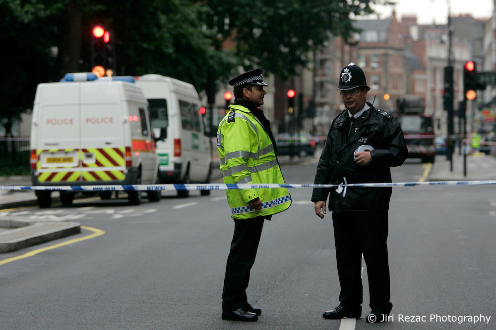 UK ENGLAND LONDON 7JUL05 - Police officers cordon off the site of a bus explosion in Tavistock Square in central London. At least two people have been killed and scores have been injured after at least seven blasts on the Underground network and a double-decker bus in London...jre/Photo by Jiri Rezac ..© Jiri Rezac 2005..Contact: +44 (0) 7050 110 417.Mobile:  +44 (0) 7801 337 683.Office:  +44 (0) 20 8968 9635..Email:   jiri@jirirezac.com.Web:    www.jirirezac.com..© All images Jiri Rezac 2005 - All rights reserved.