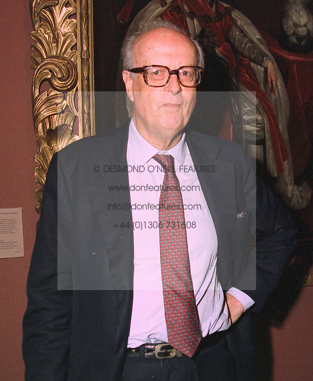LORD ASHBURTON at a party in London on 3rd November 1997.MCU 18 MO