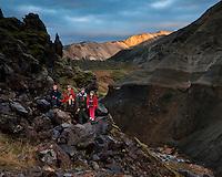 A family hiking at Grænagil gorge, Landmannalaugar, Interior of Iceland.<br /> <br /> Árni með Guðrúnu Rögnu, Bjargey, Arndísi og Ara Carl í Grænagili í Landmannalaugum. Fallegt kvöldbirta að hausti.