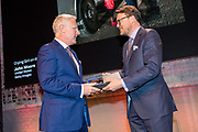 Prins Constantijn reikt prijs World Press Photo 2018 uit tijdens een awardshow in de de Westergasfabriek in Amsterdam. <br /> <br /> Prince Constantijn presents World Press Photo 2018 prize during an award show at the Westergasfabriek in Amsterdam.<br /> <br /> Op de foto / On the photo:  Prins Constantijn reikt de World Press Photo uit aan John Moore voor zijn foto Crying Girl on the Border / Prince Constantijn presents the World Press Photo to John Moore for his photo Crying Girl on the Border