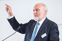 09 JUN 2016, BERLIN/GERMANY:<br /> Prof. Dr. Dr. h.c. mult. Hans-Werner Sinn, Oekonom und ehem. Praesident ifo Institut fuer Wirtschaftsforschung, Tag des deutschen Familienunternehmens, Stiftung Familienunternehmen, Hotel Adlon<br /> IMAGE: 20180609-01-072